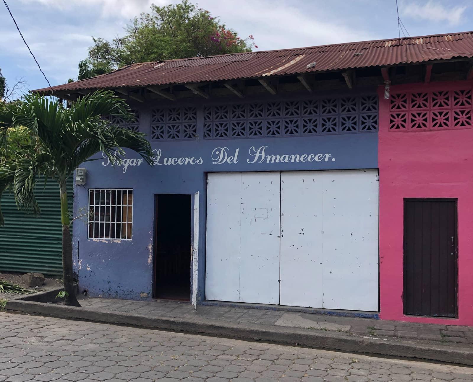 Voluntariado Nicaragua - Fachada Hogar Luceros del Amanecer